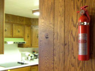 Огнетушитель для дачи как выбрать?